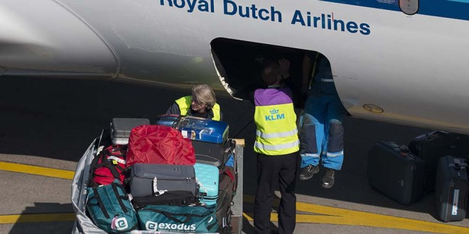 KLM'ers tekenen petitie voor 'gelijke behandeling'