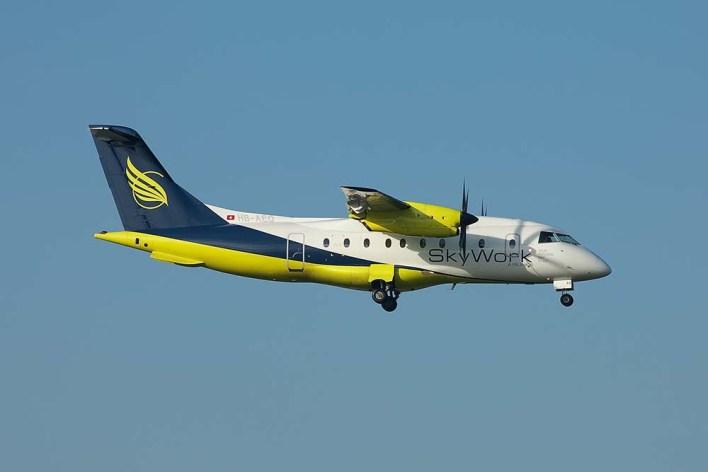 HB-AEO Dornier 328-100 Skywork (c) Remco de Wit