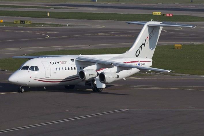 Avro RJ85 ©Remco de Wit
