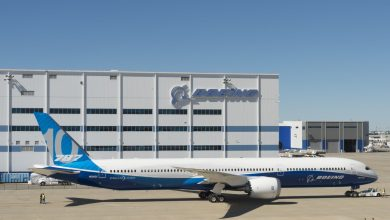 787-10 Dreamliner roll-out (c) Boeing