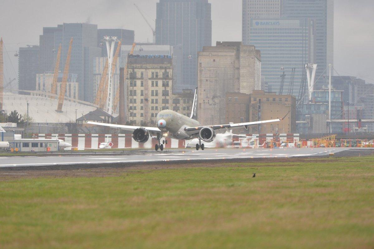 Proeflanding CS100 op Londen City | Video