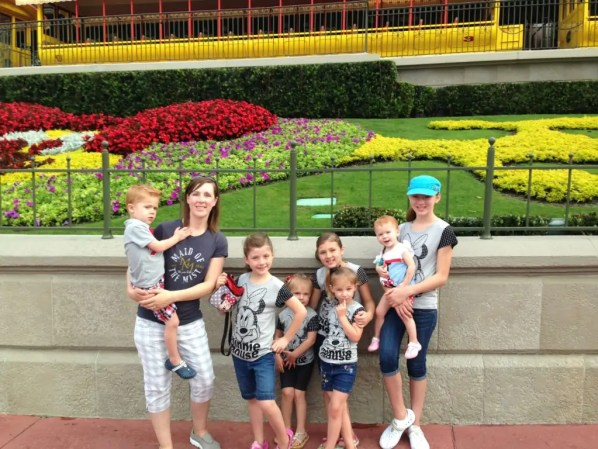 How to Survive Disney World When it is Crowded