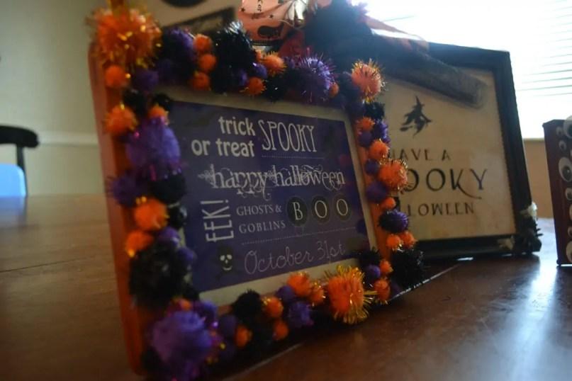 Pom poms, Halloween,, frame