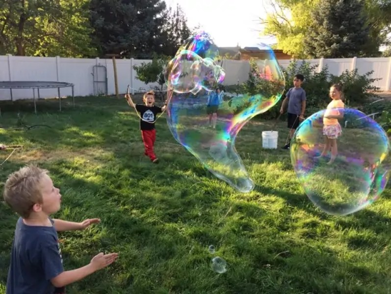 bubbles, kids
