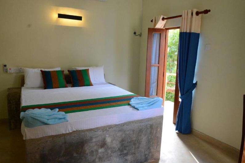 hotel_thilon_bed_room