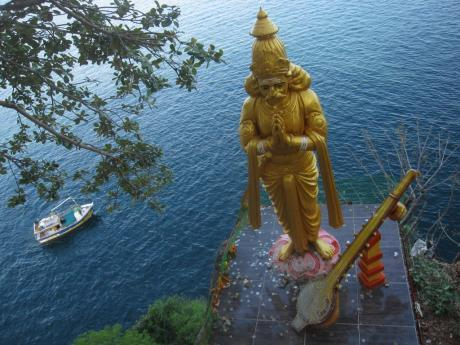 Top 10 Eye Catching Tourist Spots in Trincomalee