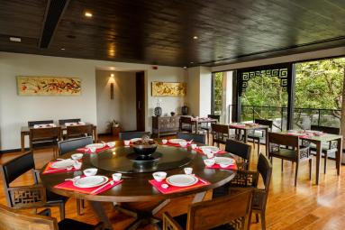jetwing-lake-hotel-dining