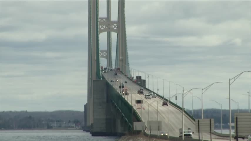 Mackinac Bridge rescue training_20294223