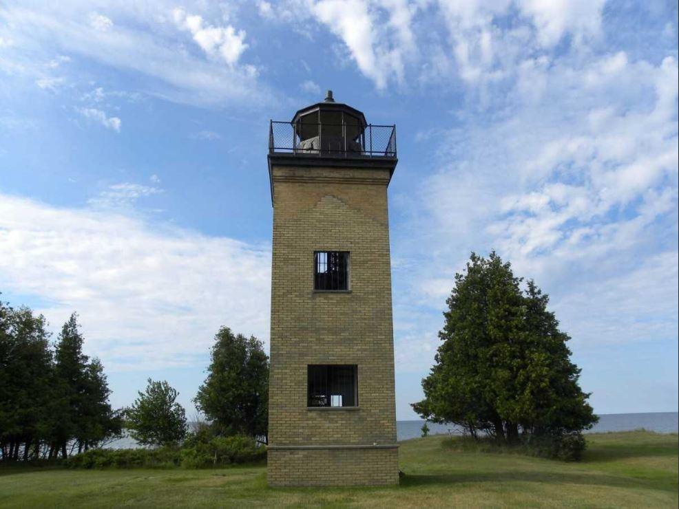 Peninsula Point Lighthouse_1531363112747.JPG.jpg