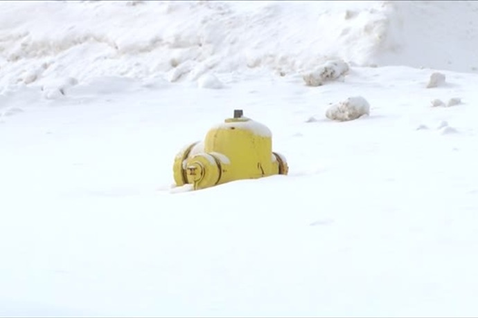 fire hydrant_4413548521287402500