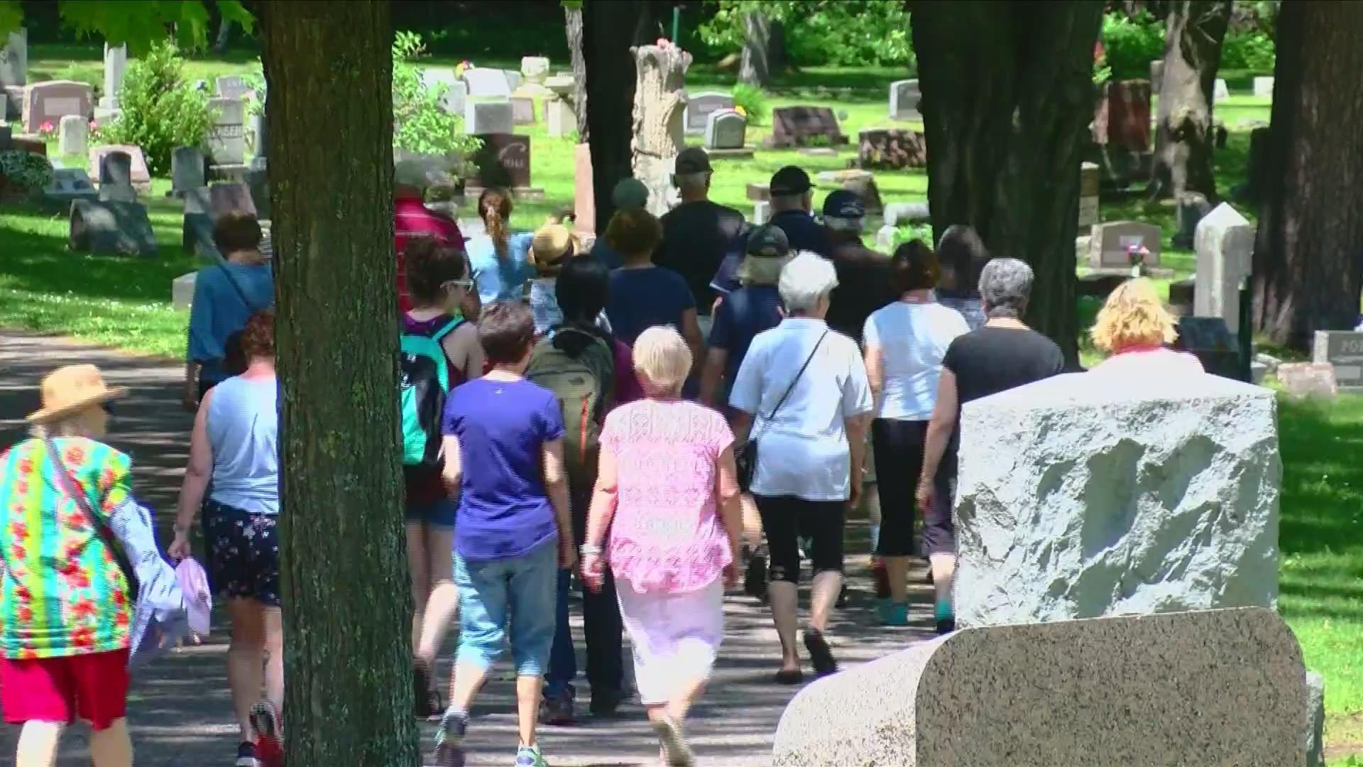 Cemetery_walking_tour_0_20190625221040