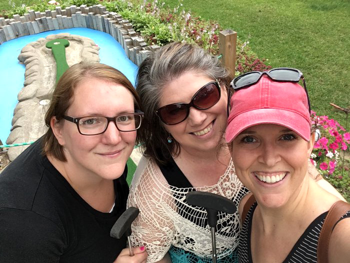 Wildwedge Mini Golf in Pequot Lakes, Minnesota | Amazing Mystery Maze | Up North Parent