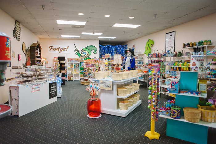 Sweet Beans Candy Store   A Unique Spot in the Brainerd Westgate Mall, Brainerd, MN