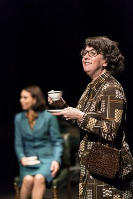 Louise Ludgate_This House_credit Johan Persson