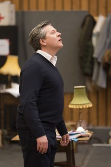 22. Simon Helpworth in rehearsal for Absolute Hell (c) Johan Persson