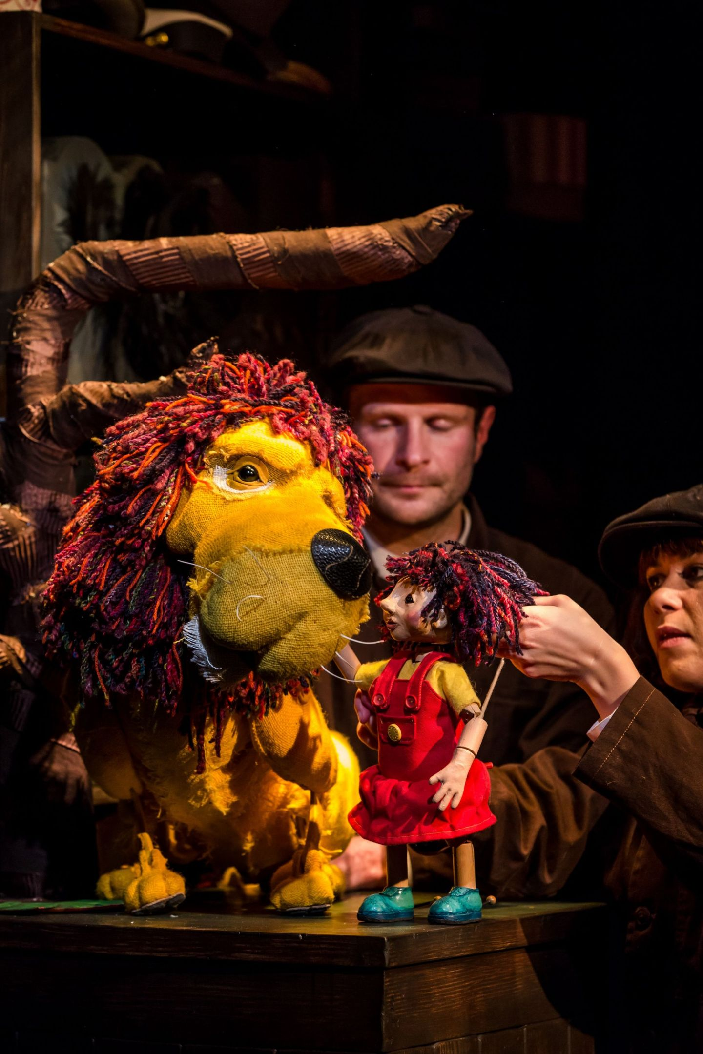 Review: ★★★★ How To Hide A Lion, New Wimbledon Theatre