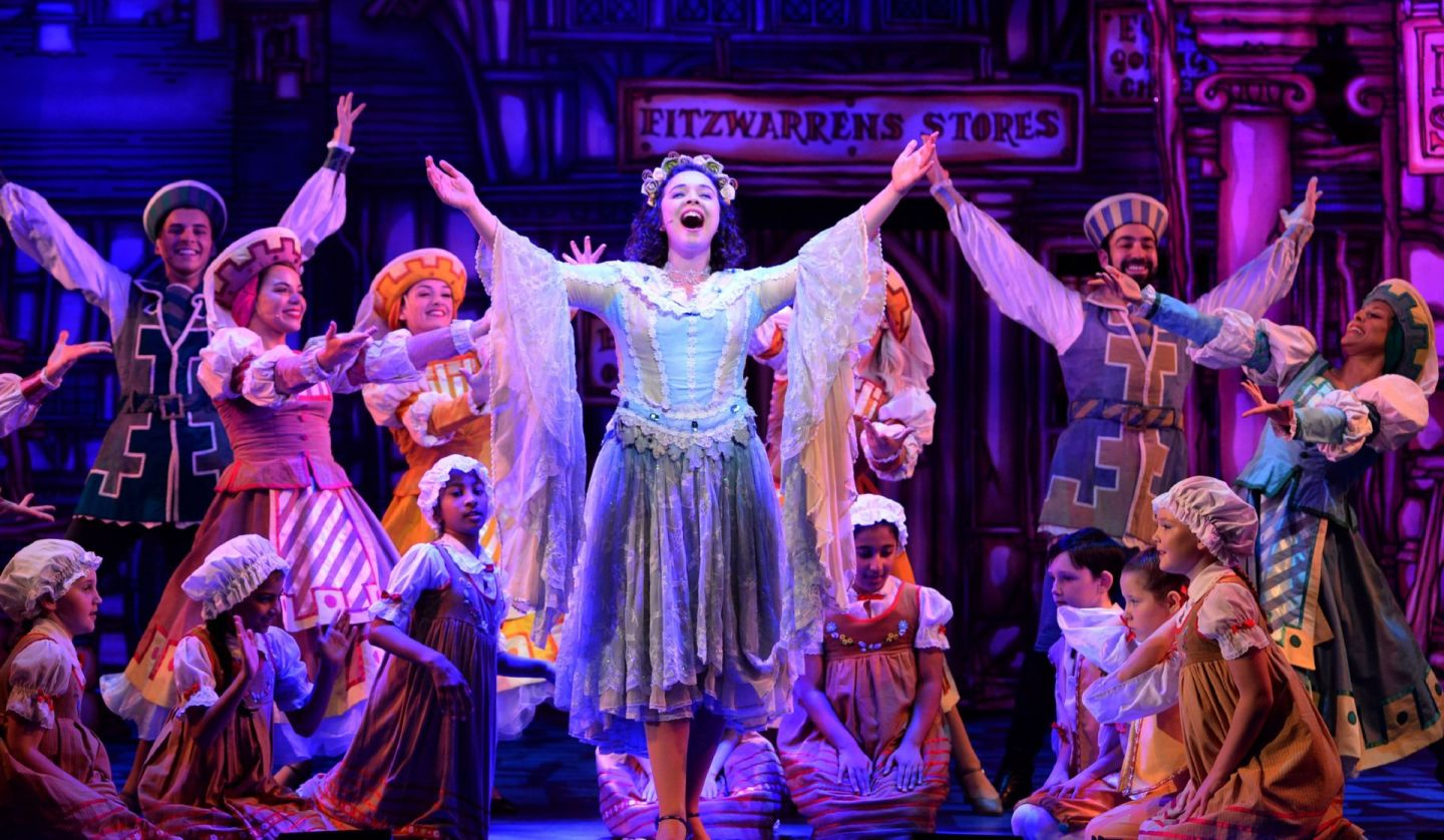 Review:  ★★★★ Dick Whittington, The Panto Paved with Gold: Wolverhampton Grand Theatre