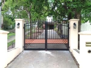 Aluminium swing gates criss cross