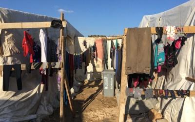 """""""هيومن رايتس ووتش"""": طرد اللاجئين السوريين من قبل البلديات اللبنانية غير قانوني"""