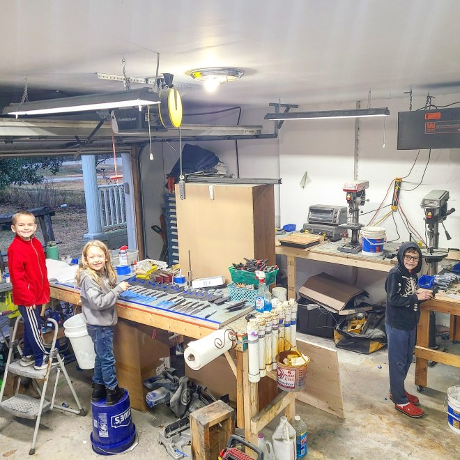 Stroup Knives shop with kids