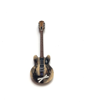 Tom DeLonge Guitar Pin