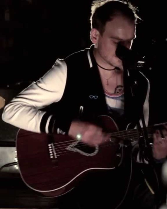 Alkaline_acoustic_live