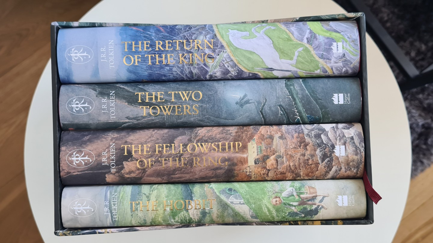 The Hobbit The Lord Of The Rings Illustrated Edition Unboxing