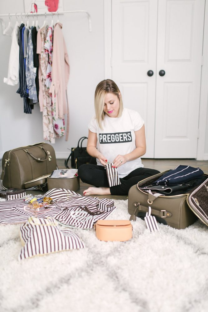 How to pack | Packing smart | How to stay organized while packing | Uptown with Elly Brown