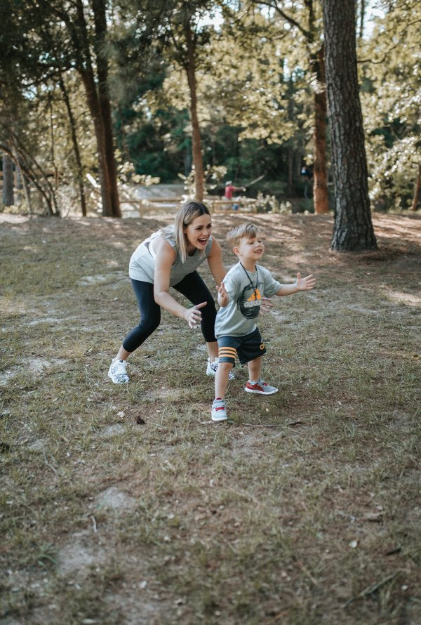 Boy mom life | What no one told me about being a boy mom | Kohl's | Athletic clothes for the family | Uptown with Elly Brown