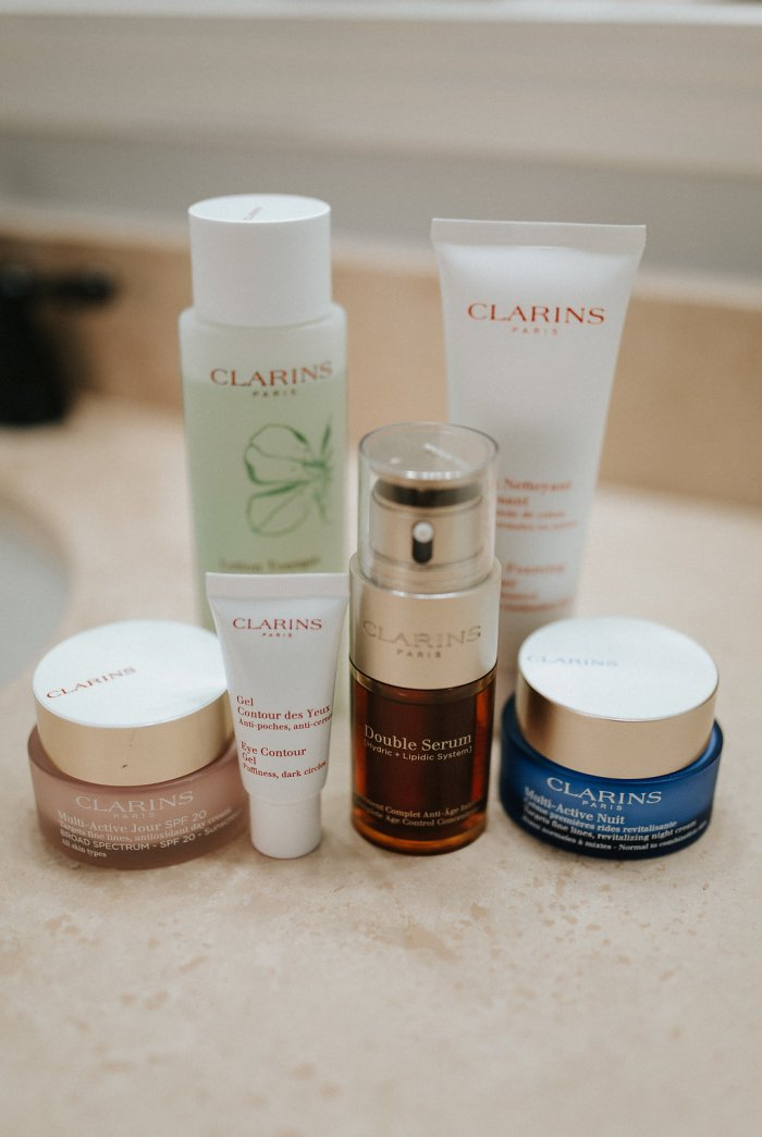 How to get young looking Skin | Clarins skincare routine | Clarins Double Serum Review | Uptown with Elly Brown - My Skin Regimen with Clarins skincare by Houston beauty blogger Uptown with Elly Brown