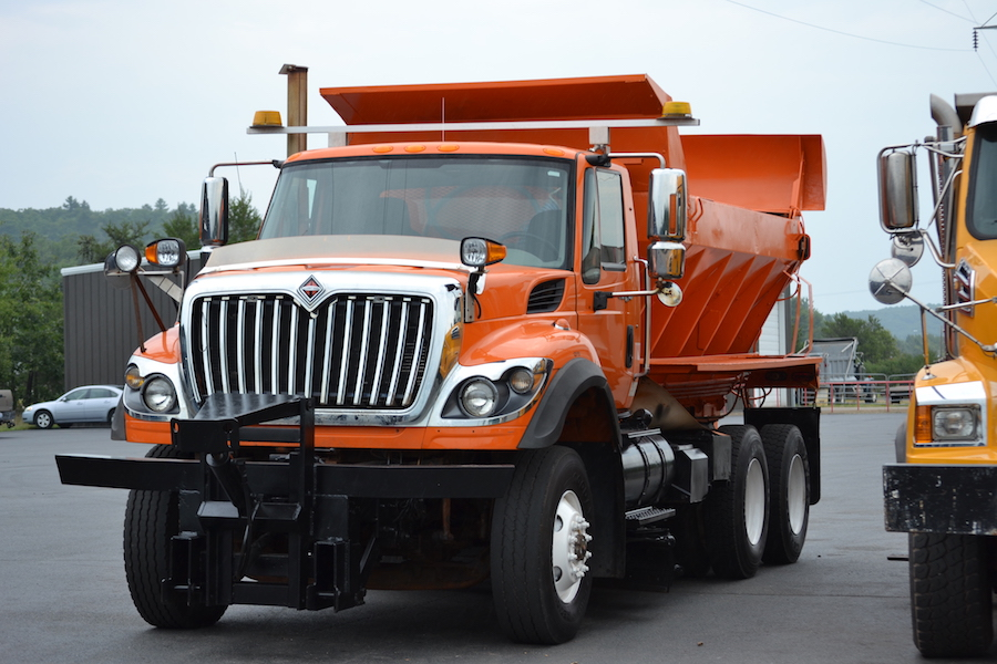 Stock#CONKIV1 – Used 2013 Kenworth W900B & 2006 Express 4-Axle Pup Trailer