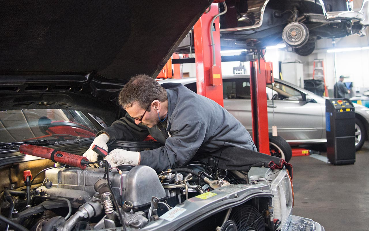 Are There Accredited and High Quality Service Auto Repair ...
