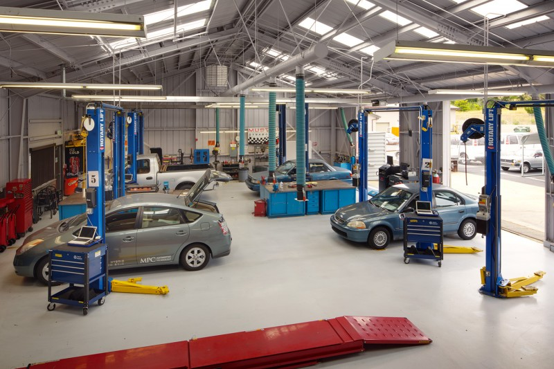 What to Consider When Designing Auto Repair Shop Layout ? - Upwix.com