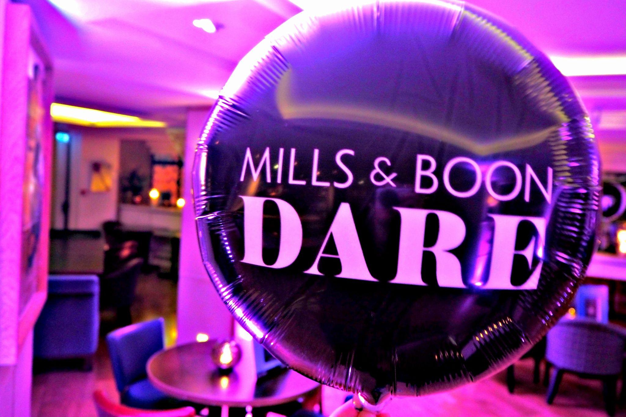 Mills & Boon Balloon