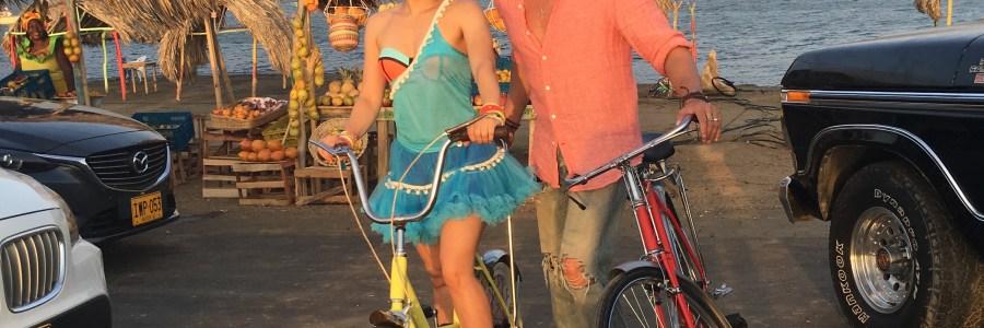 Shakira y Carlos Vives estrenan el video de «La bicicleta»