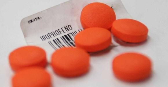 Tomar mucho ibuprofeno puede afectar fertilidad del hombre, dice estudio