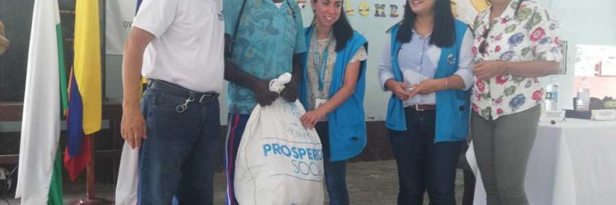 Familias en  Carepa recibieron  kits y calzado