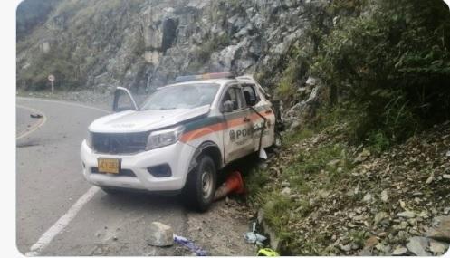 Atentan con explosivos contra patrulla de la Policía en Santa Fe de Antioquia