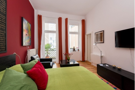 chair hair dryer bedroom pink 647: bright & colorful studio apartment with balcony in mitte near maerkisches museum
