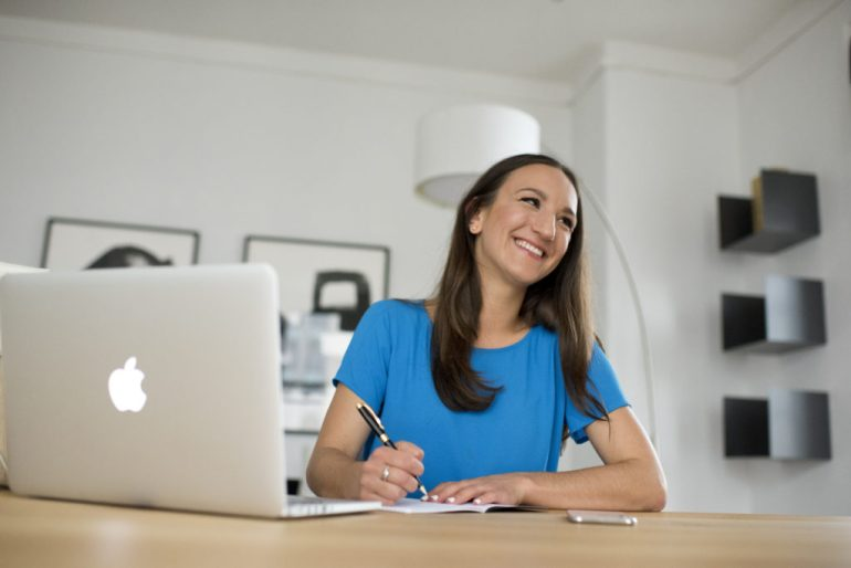 I love working with side hustlers and in doing so, have seen the number one mistake that could sabotage your side hustle.