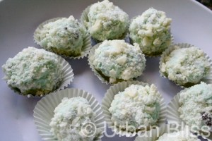 Mint Chocolate Ice Cream Truffles recipe on UrbanBlissLife.com