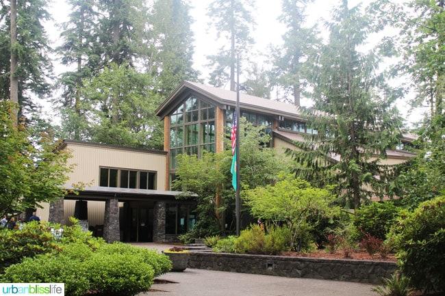 Saint Helens Info Center Washington, travel bliss on UrbanBlissLife.com