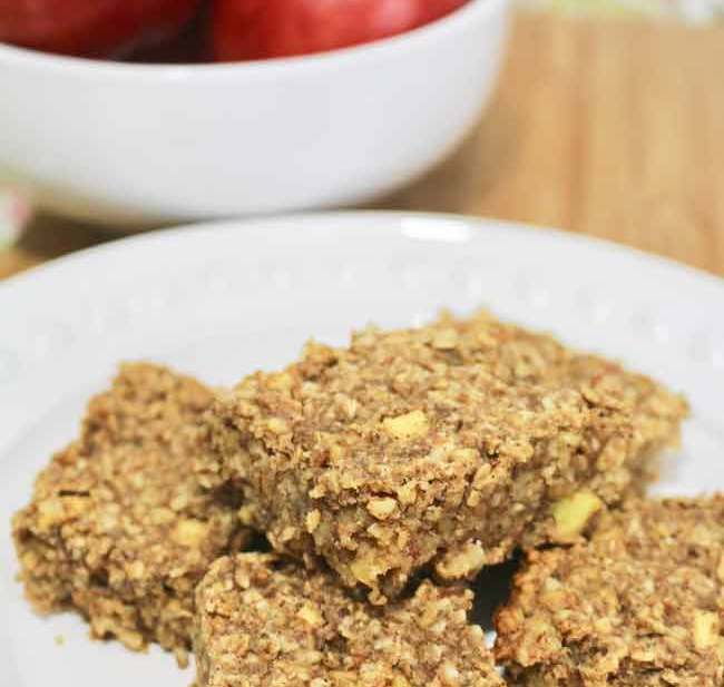Chewy Apple Granola Bars recipe on http://UrbanBlissLife.com