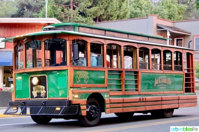 Trolley in Jacksonville, Oregon. Travel tips on UrbanBlissLife.com