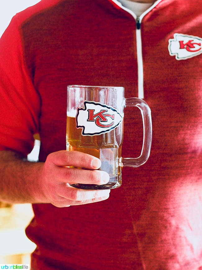 NFL KC Chiefs Beer Mug Tips for Making Your Homegating Party a Touchdown! Ideas and Recipes on UrbanBlissLife.com