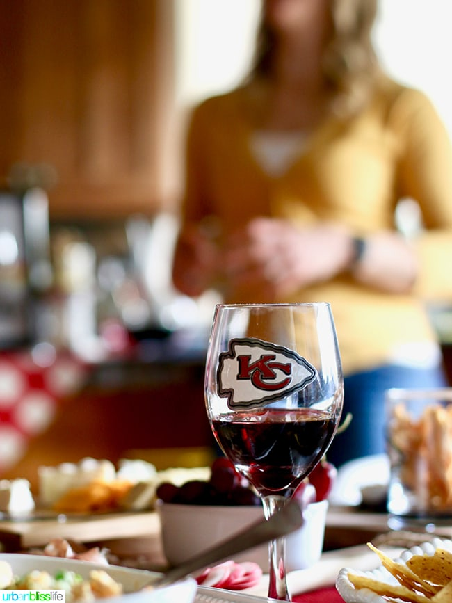 NFL wine glass. Tips for Making Your Homegating Party a Touchdown! Ideas and Recipes on UrbanBlissLife.com