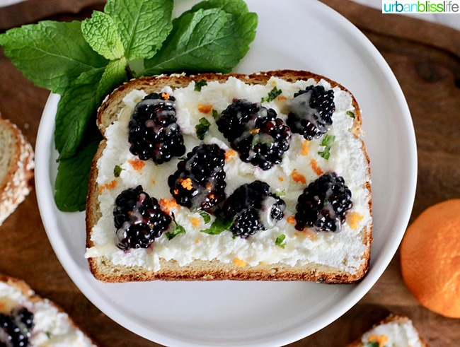 Blackberry Ricotta Citrus Toast with Honey and Mint, recipe on UrbanBlissLife.com