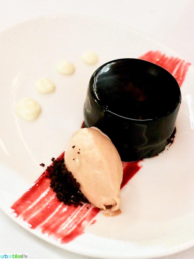 Can Font Portland chocolate dessert