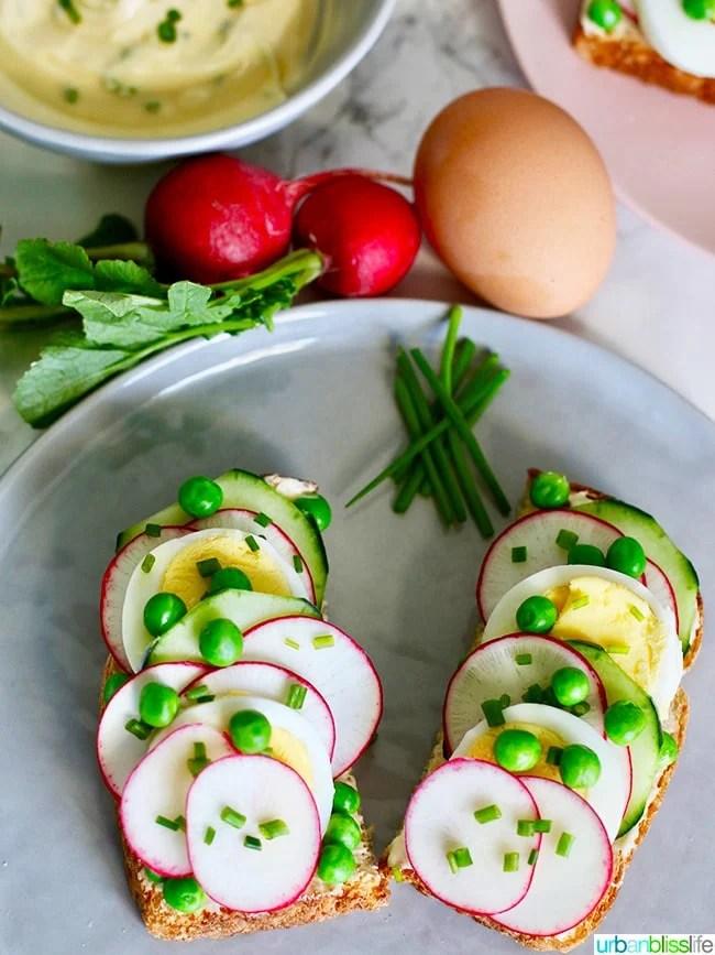 Spring Crudite Toast recipe on UrbanBlissLife.com