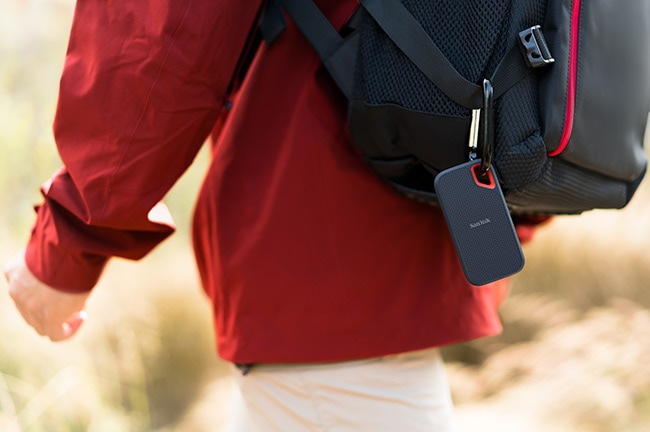 Top Travel Photography Gear: Sandisk Extreme Portable Storage carabiner hook